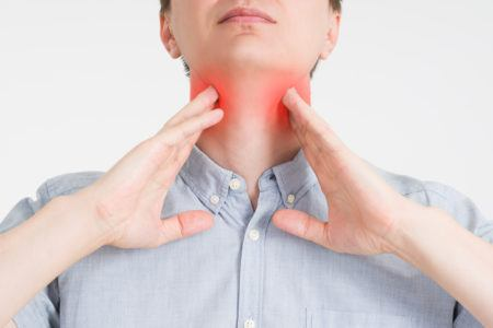 Causes chronic pharyngitis